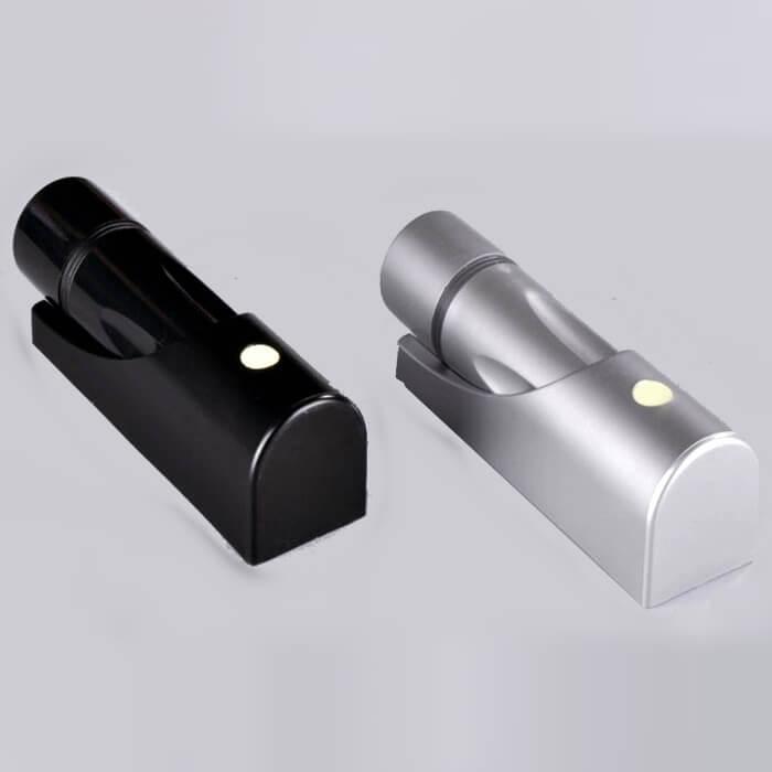 LED迷你型手电筒新款【壁挂式、单颗超大LED灯珠、黑/银色)150*41*40mm